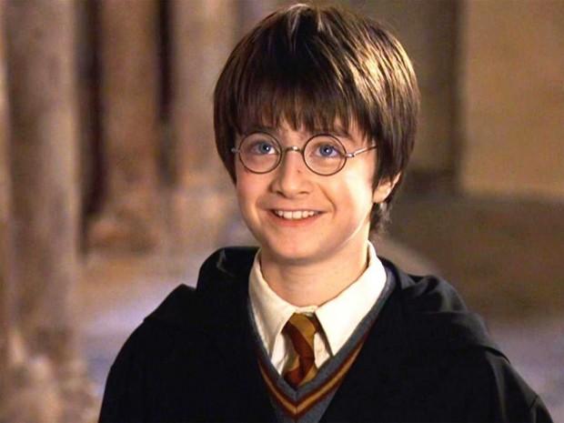 635846818311610225-89765346_harry-potter-daniel-radcliffe-hogwarts-wizard-teenager-teen-5